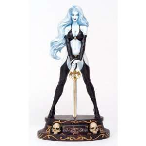 Lady Death 1:6 Scale Statue: Toys & Games