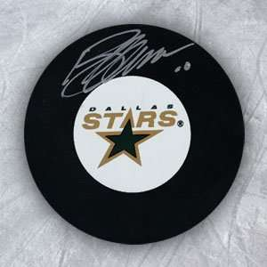 BRENDAN MORROW Dallas Stars SIGNED Hockey PUCK Everything