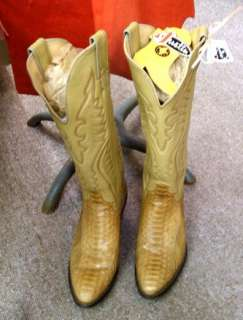 worth the wait vintage justin snakeskin ladies western boots 5b
