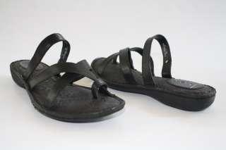 NIB Womens Shoes b.o.c. Born ARIAS Leather Strappy Thong Sandal Black
