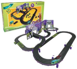 NEW! Auto World Scooby Doo Race Track Set 4 Gear 28 SRS240 NIB