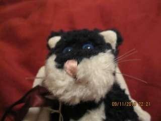 BOYDS BEARS BEARWEAR BLACK WHITE CAT ANGEL WINGS MINI