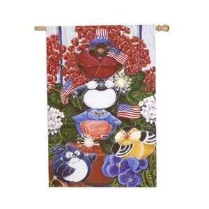 Patriotic Portly Birds Banner: Patio, Lawn & Garden