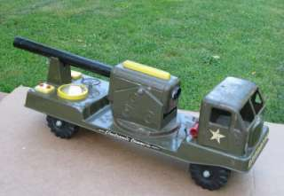 ANTIQUE ELECTRONIC CANNON MILITARY TOY TRUCK 1950S NY LINT