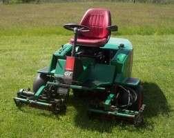 GT Kubota Diesel 3 Reel Golf Course Greens Near Zero Turn Mower