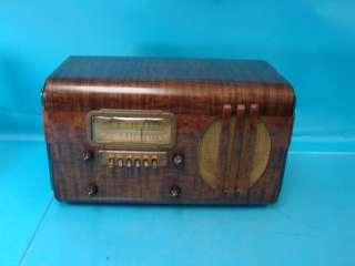 Vtg Sparton Art Deco Table Top Tube Radio Photo Finish Plays Wood