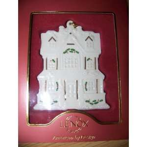 Lenox Christmas Village HOUSE Ornament Home & Kitchen