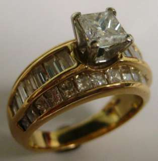 BEAUTIFUL PRINCESS CUT DIAMOND RING 2.78 CTS T/W, SOLID 14KT GOLD