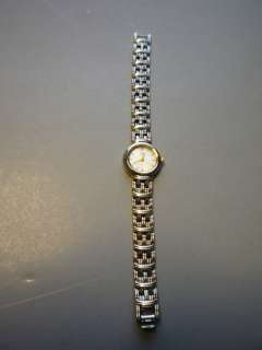 CITIZENS WOMENS BATTERY OPERATED WRISTWATCH WORKS EXC