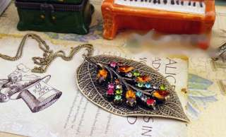 Vintage Style Two Leaf with Crystal Necklace A43