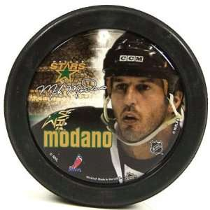 DALLAS STARS MIKE MADONA OFFICIAL LOGO HOCKEY PUCK Sports