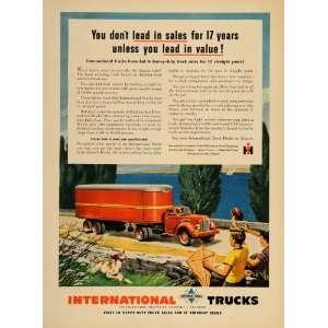 Harveser Red ruck railer Semi   Original Prin Ad Home & Kichen