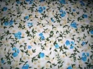 SMALL BLUE FLOWER CALICO PRINT FABRIC