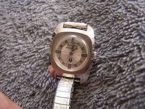 Vintage Bulova Accutron Ladies Watch 10K RGP Back N3