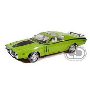 : 1971 Dodge Charger R/T 1/18 Matco Tools Edition Green: Toys & Games