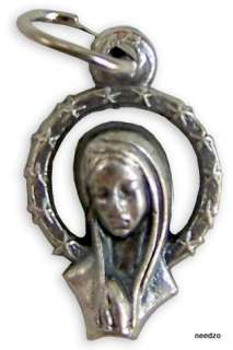 Silver Medal Pendant Praying Mother Jesus Virgin Mary