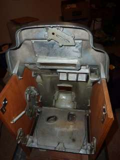 Jennings Standard Chief 25 Cent Mechanical Slot Machine Circa 1945