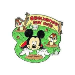 Disney Pin   Groundhog Day 2010   Mickey Mouse with Chip