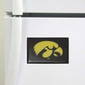 Iowa Hawkeyes Team Logo Magnet: Sports & Outdoors