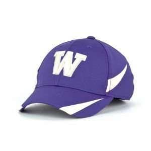 Huskies Top of the World NCAA Endurance Pro Cap Hat