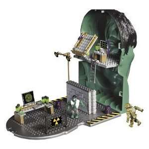 Hulk Face off Playset Mega Bloks 2033 Toys & Games