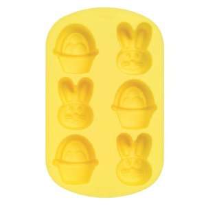 Wilton Silicone Bunny Basket Mold, 6 Cavity: Kitchen & Dining